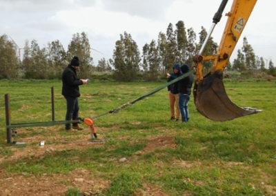 Cerdeña, Italia: hincado ramming pole test para planta solar